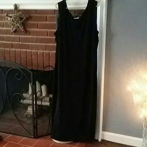 💙 Megan Lee Maxi Dress